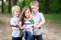 Портрет детей в лете Стоковое Изображение RF