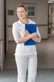 Портрет женских медсестры или доктора Стоковое Изображение