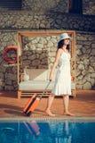 Портрет женского багажа нося outdoors каникула территории лета katya krasnodar стоковое изображение rf