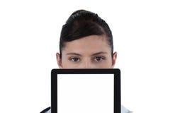 Портрет женского доктора с цифровой таблеткой Стоковое Изображение