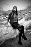 Портрет женщины в лесе Стоковое Изображение