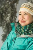 Портрет женщины в одеждах зимы Стоковое фото RF