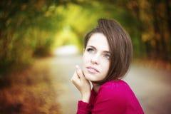Портрет женщины красоты осени стоковая фотография