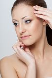 Портрет женщины крупного плана с совершенной кожей Стоковое Фото