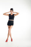 Портрет женщины моды в современном платье Стоковые Изображения RF