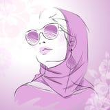 Портрет женщины моды шикарный Стоковые Фотографии RF