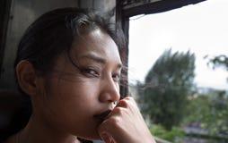 Портрет женщины на шине Стоковое фото RF