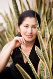 Портрет женщины постаретой в природе Стоковое фото RF