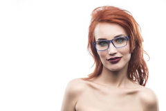 Портрет женщины стекел Eyewear изолированный на белизне Fram зрелища Стоковая Фотография