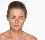 Портрет женщины с метками пластической хирургии на стороне Стоковые Фото