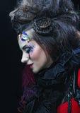 Портрет женщины с художническим составом в голубом дыме Стоковое Изображение RF