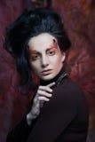 Портрет женщины с художническим составом в голубом дыме, party Стоковая Фотография