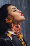 Портрет женщины с butterflyes Стоковые Изображения RF