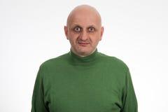 Портрет задумчивого молодого облыселого человека Стоковые Фотографии RF