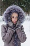 Портрет зимы задумчивой девушки Стоковое фото RF