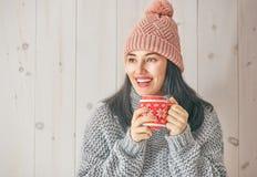 Портрет зимы молодой женщины Стоковое Фото
