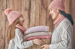 Портрет зимы семьи Стоковые Фотографии RF