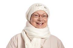 Портрет зимы усмехаясь зрелой женщины Стоковые Изображения