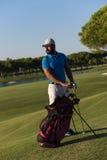 Портрет игрока в гольф на поле для гольфа Стоковое Фото