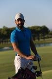 Портрет игрока в гольф на поле для гольфа Стоковое Изображение