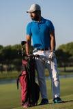 Портрет игрока в гольф на поле для гольфа Стоковые Изображения RF