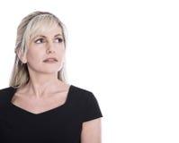 Портрет изолированной зрелой стороны женщины смотря скорбный и ручки стоковое фото rf