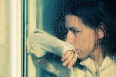 Портрет искусства красивой детенышей девушки уныло Стоковое Изображение