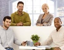 Портрет команды молодых предпринимателей стоковая фотография rf