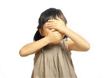 Портрет конца-вверх азиатского ребенка девушки с закрытыми глазами и ртом Стоковое фото RF