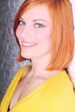 Портрет красивейшей красн-с волосами девушки Стоковая Фотография