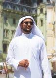 Портрет красивого аравийского человека стоковые изображения rf