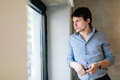 Портрет красивого бизнесмена Стоковые Фотографии RF