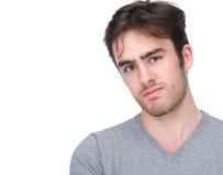 Портрет красивого молодого человека изолированного на белизне Стоковое Изображение RF