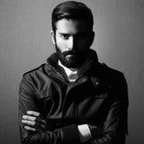 Портрет красивого человека с бородой стоковая фотография rf