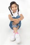 Портрет красивой азиатской девушки с счастливой стороной Стоковая Фотография RF