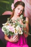 Портрет красивой девушки европейского возникновения Стоковое Изображение RF