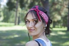 Портрет красивой женщины в лете Стоковые Фото