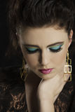 Портрет красивой женщины девятого десятка брюнет Стоковое Изображение