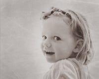 Портрет красивой маленькой девочки в винтажном стиле Изображение Стоковая Фотография RF