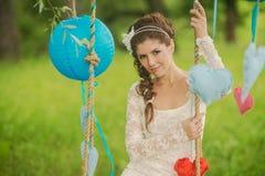 Портрет красивой невесты в белой свадьбе Стоковое фото RF