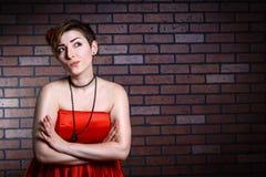 Портрет красивой хмурой женщины Стоковые Фото