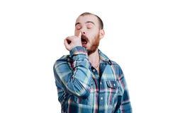 Портрет красно-бородатое, лысеющее мужское зверского B изолированный белизной стоковая фотография