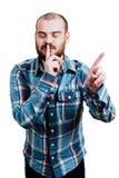 Портрет красно-бородатое, лысеющее мужское зверского B изолированный белизной стоковые изображения