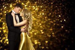 Портрет красоты пар, молодая женщина моды и целовать человека Стоковая Фотография RF