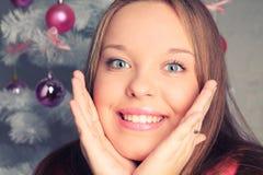 Портрет Кристмас красивейшей девушки Стоковая Фотография RF