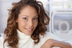 Портрет крупного плана привлекательной женщины стоковая фотография rf