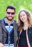 Портрет любящих пар outdoors Стоковые Фотографии RF