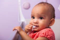 Портрет маленькой Афро-американской маленькой девочки - чернокожие люди Стоковые Изображения RF