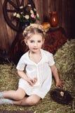 Портрет маленькой девочки в деревенском стиле Стоковые Фото