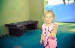 Портрет маленькой девочки, 2,5 лет Стоковое Изображение RF